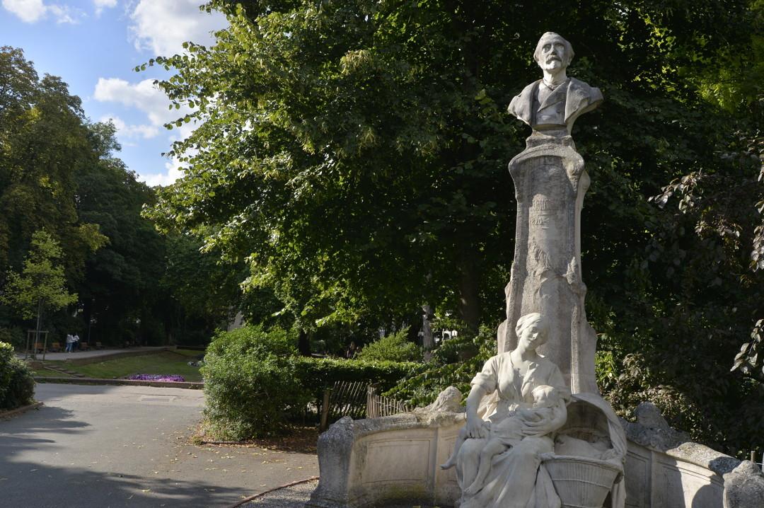 """Visite guidée """"Lille et ses statues"""""""