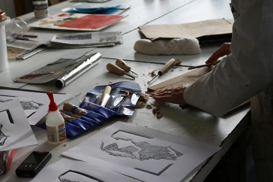 arts plastiques et visuels activit s adultes pratiquer une activit artistique envie de. Black Bedroom Furniture Sets. Home Design Ideas