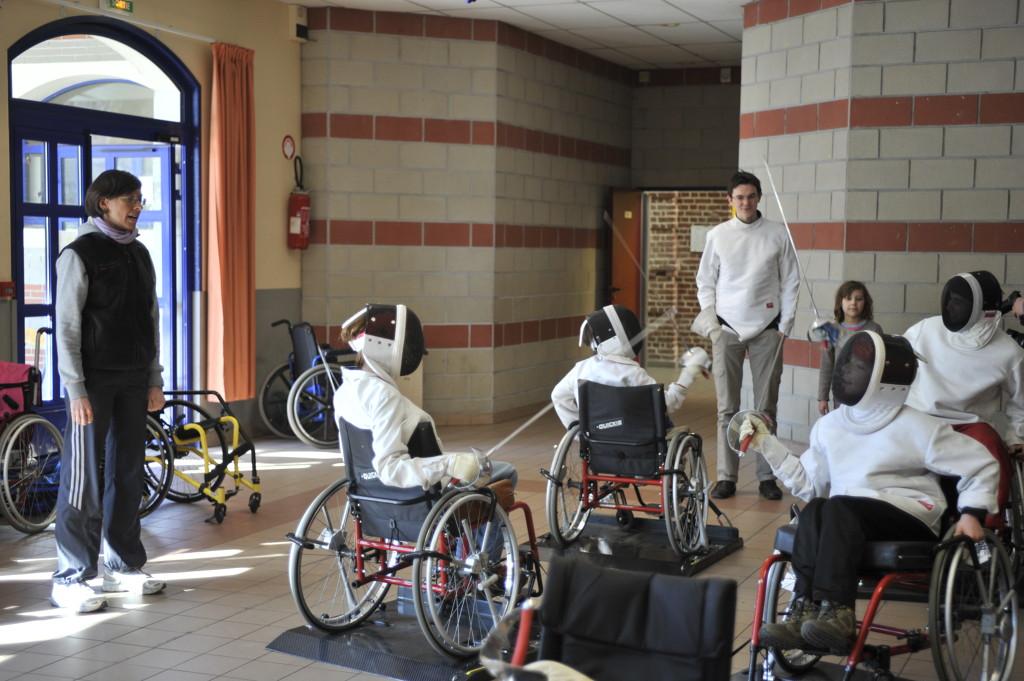 Enfant en situation de handicap accompagner mon enfant for Mon garage lille fives