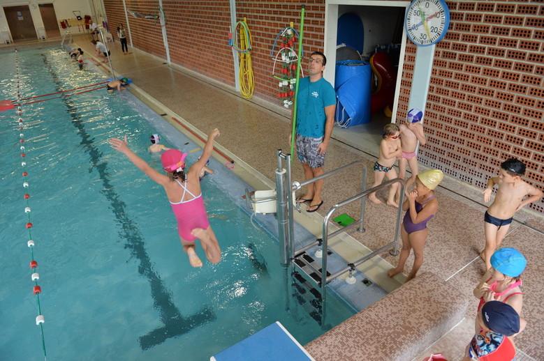 Natation sports nautiques la pratique en club envie for Piscine lille sud