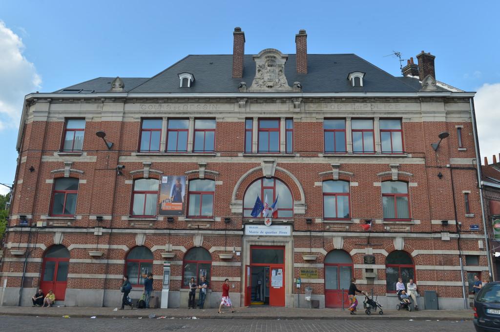 Mairies de quartier la mairie de lille votre mairie for Mon garage lille fives